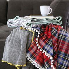 easy & beautiful DIY fleece blankets - It's Always Autumn