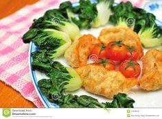 looking Chinese style fried vegetarian dumplings and vegetables ...