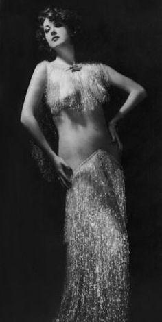 Gypsy Rose Lee..........artista de vaudeville años 30 ?