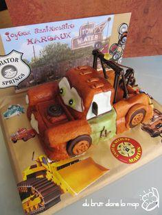Tow mater Cars cake