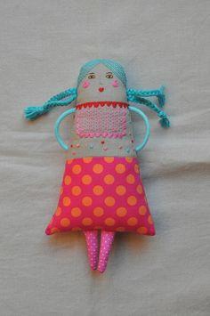 I have got to make a doll, love this one by ESZTERDA #clothdolls #handmadedolls