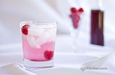 A sparkling raspberry soda made from a sweet and tart raspberry vinegar syrup. Raspberry Vinegar Recipes, Raspberry Syrup, Recipe For 2, Soda Recipe, Mixed Berry Jam, Mint Simple Syrup, Breakfast Crepes, Vinegar Uses, Ice Cream Toppings