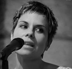 Silvia Penas, Cintaadhesiva, poeta.