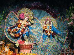Sri Sri Radha Radhikaraman Wallpaper (003)   Download Wallpaper: http://wallpapers.iskcondesiretree.com/sri-sri-radha-radhikaraman-iskcon-punjabi-bagh-wallpaper-003/  Subscribe to Hare Krishna Wallpapers: http://harekrishnawallpapers.com/subscribe/  #Krishna, #RadhaKrishna, #RadhaRadhikaraman, #Radhikaraman, #SrimatiRadharani