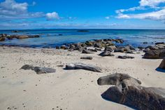 A bright day near Crossapol on the Isle of Tiree. Image by Nick Jewell / CC BY 2.0