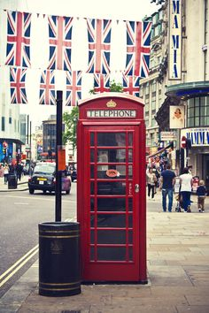 Brit Box, London, England.... Una de las cosas que mas anhelo ver y no se por que!