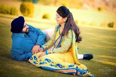 Sikh Couple Punjabi Couple, Sikh Wedding, How To Show Love, Love People, True Love, Desi, Bollywood, Marriage, Romantic