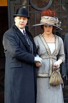 Russell Crowe - Jessica Brown Findlay A Winter's Tale (5.12.12)