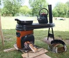 G3 rocket stove ! Wood Gas Stove, Wood Burner, Metal Fire Pit, Fire Pits, Rocket Stove Design, Rocket Mass Heater, Stoves Cookers, Appropriate Technology, Outdoor Stove