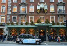 Fortnum & Mason in Mayfair, #London. Christmas Shop London, Christmas Shopping, Mayfair London, Old London, Mayfair Restaurants, London History, Sight & Sound, London Calling, London Travel