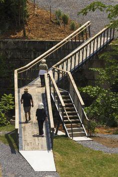 Smith Creek Pedestrian Bridge Design/buildLAB