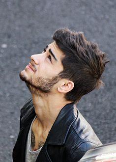 Zayn Malik Style - One Direction www. Coiffure Zayn Malik, Cabelo Zayn Malik, Zayn Malik Hairstyle, Zayn Malik Pics, My Hairstyle, Zayn Malik 2011, Zany Malik, Hair And Beard Styles, Hair Styles