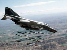 F-4 Phantom Vietnam art | View F-4 Phantom II in full screen