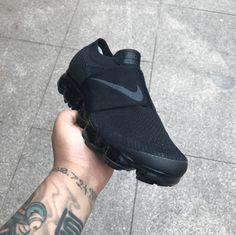 CDG x Nike Air VaporMax Strap