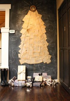 ~steal this idea~{paper x-mas tree}
