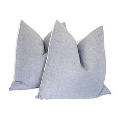Pre-Owned Classic Blue & White Linen Pillows Pr (750 CAD) ❤ liked on Polyvore featuring home, home decor, throw pillows, pillows, linen throw pillows, blue and white home decor and blue and white throw pillows