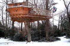 La cabane des moussaillons-une cabane dans les arbres pour toute la famille #cabane #cabanedanslesarbres #treehouse