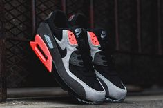 Another day, another Air Max! These bad boys are giving a similar vibe to the classic Infrared, but in a slightly altered grey/crimson colourway. It rolls with a dark grey leather aesthetic that contrasts against the loudcrimson highlights across the Air Bag, eyelets and heel panel. The ash grey and black sole serves upa different …