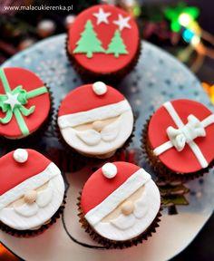 Mikołajowe babeczki z cynamonem i miodem Sugar, Cookies, Desserts, Crack Crackers, Tailgate Desserts, Deserts, Biscuits, Postres, Cookie Recipes