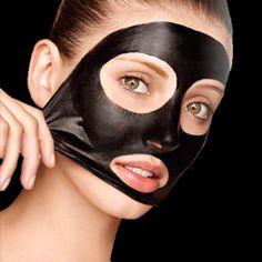 Existe uma máscara de rosto preta que está bombando nos tutoriaisde beleza do Youtube porque... Mais
