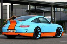 Oxigin's Gulf Racing Style Porsche 911