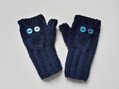 """Armstulpen """"Eule"""" dunkelblau, für Kleinkinder, gestrickte Handschuhe, Merino Schurwolle von frostpfoetchen auf Etsy"""