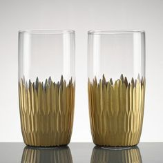 Marchesa Imperial Caviar Crystal 2-Piece Highball Glass Set 838309 - Marchesa Imperial Caviar Crystal 2-Piece Highball Glass Set 838309Marchesa Imperial Caviar barware radiates glamour and style. A gold plated feather motif cups each minimalist styled glass. Hand cut and decorated. Makes an ideal gift.SKU: 838309Manufacturer: LeonxCategory: Fine StemwarePattern: Imperial CaviarShape: HighballUPC: 882864441812Prop 65: NWeight: 37.5Country Of Origin: Made In ChinaFeatures: Crafted Of Crystal…