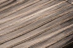 Handmade textile in stainless steel and plantain fiber Drapery, Hand Weaving, Fiber, Textiles, Stainless Steel, Handmade, Hand Knitting, Hand Made, Low Fiber Foods