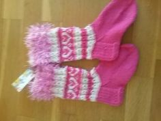 Pinkit lasten kirjoneulesukat Gloves, Baby, Baby Humor, Infant, Babies, Babys