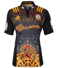 Chiefs Adidas Super Rugby Home Shirt Super Rugby, Soccer Uniforms, Football Shirts, Rugby Jerseys, Sports Jerseys, Rugby Jersey Design, Soccer Online, Nz All Blacks, Football Tops