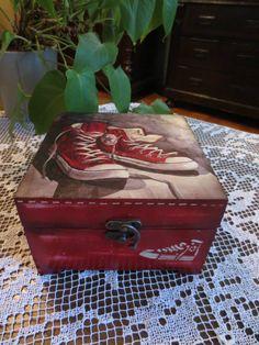 pingl par regina machado sur decoupage 3 pinterest serviettage boite et peinture d corative. Black Bedroom Furniture Sets. Home Design Ideas