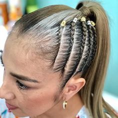 Cabello Hair, Hippie Hair, Cool Braid Hairstyles, Cool Braids, Hair Art, Hair Videos, Hair Trends, Hair And Nails, Ponytail
