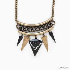 Edgy Arrowhead Necklace