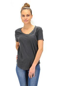 American Vintage - T-Shirts - Abbigliamento - T-Shirt in cotone con scollo a V a manica corta.La nostra modella indossa la taglia /EU S. - NOIR VINTAGE - € 45.00
