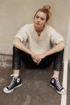 Quilted pants and Converse.