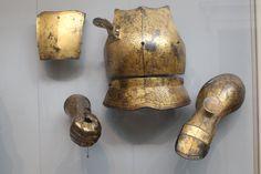 Henry viii gold armor Gold Armor, Armours, Henry Viii, Fantasy Costumes, Tudor History, Medieval Fantasy, 16th Century, Costume Design, Decorative Bells