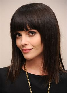 Christina Ricci frangia grafica: like the bangs, but not enough overall volume