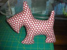 Scottie Dog stuffie, by Kate from In Stitches