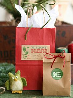 DIY Homemade Gifts for Christmas - Rustic Kraft Paper Wrapping - Click pic for 25 DIY Christmas Gifts
