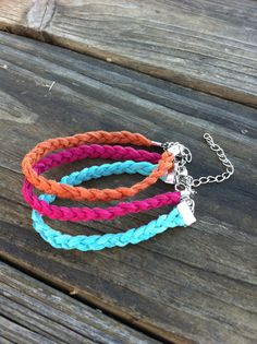 leather braided bracelet-- anyone who knows me, knows I'm obsessed with bracelets, especially yarn, leather, braided, etc.