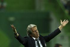 Tribuna Expresso | O não-poliglota J.J., os deuses do futsal e Mourinho dá a tática ao Porto para Leicester