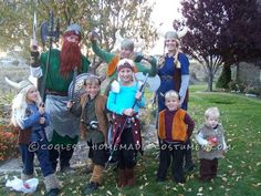 homeade how to train your dragon costumes | Coolest How to Train your Dragon Family Costume