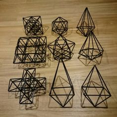 Chibakana из Hinmeri блоге -3 странице Handmade Ornaments, Geometric Shapes, Wooden Toys, Lily, Display, Sculpture, Crafts, Inspiration, Christmas