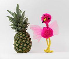 Kijk wat ik gevonden heb op Freubelweb.nl: een gratis werkbeschrijving van de Hobbydoos om deze flamingo te maken https://www.freubelweb.nl/freubel-zelf/zelf-maken-flamingo/