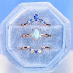 Oval Vintage Moonstone Ring- Three Ring Set Vintage Rings, Vintage Silver, Three Rings, Dream Engagement Rings, Moonstone Jewelry, Pretty Rings, Opal Rings, Ring Designs, Vintage Designs