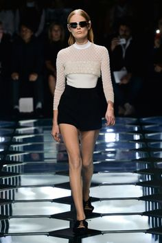 Pin for Later: Diamonds Are Forever For Alexander Wang at Balenciaga Balenciaga Spring 2015