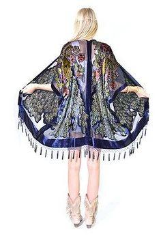 Beautiful silk burnout kimono in navy