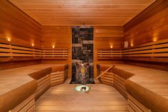 Sauna Real Estate Ads, Saunas, Wellness Spa, Outdoor Furniture, Outdoor Decor, Sun Lounger, Tub, Kindergarten, Villa