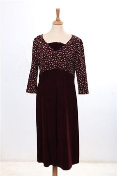 Dresses With Sleeves, Collection, Long Sleeve, Fashion, Vintage Dress, Fashion Ideas, Gowns With Sleeves, Moda, Sleeve Dresses