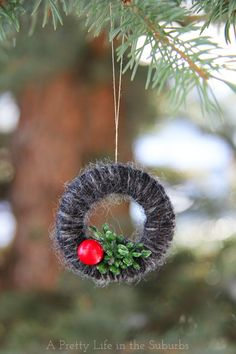 Mini Yarn Wreath Christmas Tree Ornaments #CDNHandmadeHoliday - A Pretty Life In The Suburbs